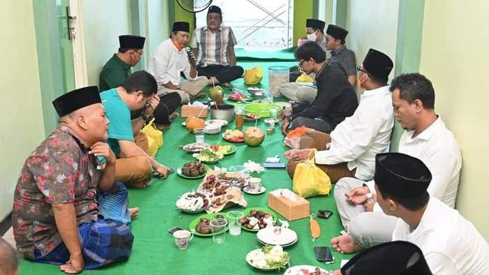 Bupati-Ketua DPRD Kabupaten Pasuruan Panen Kritikan