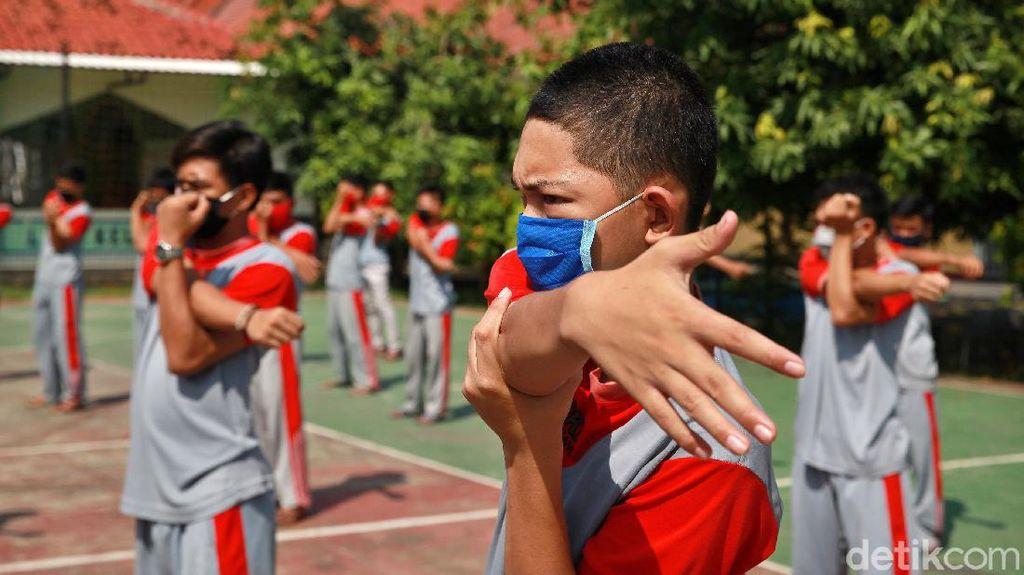 Selama PSBB, Anak Binaan Lapas Tangerang Tetap Rajin Olahraga Pagi