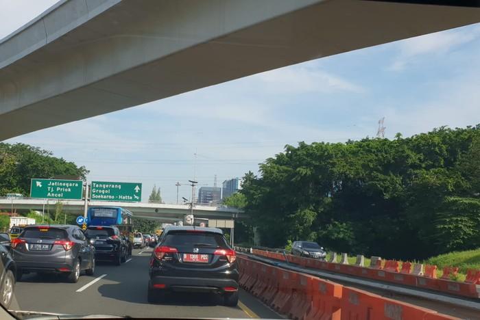 SItuasi Kemacetan di Tol Bekasi-Jakarta