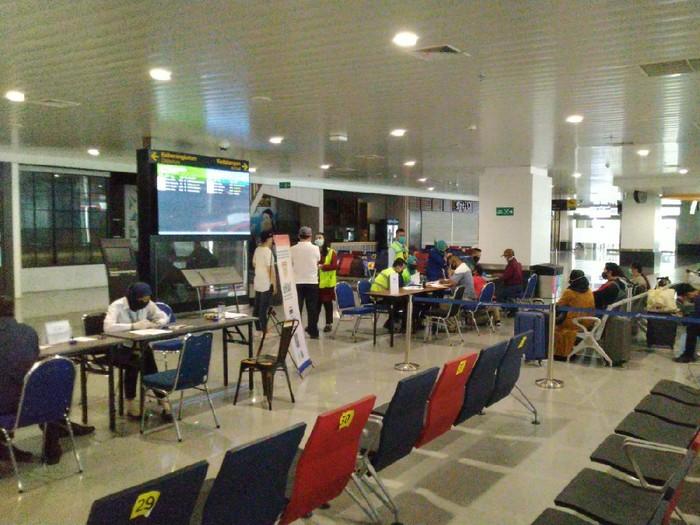 Image result for penutupan bandara semarang