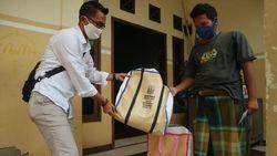 Tinggal Berdua, Adik-Kakak di Surabaya Senang Dapat Bantuan dari Khofifah