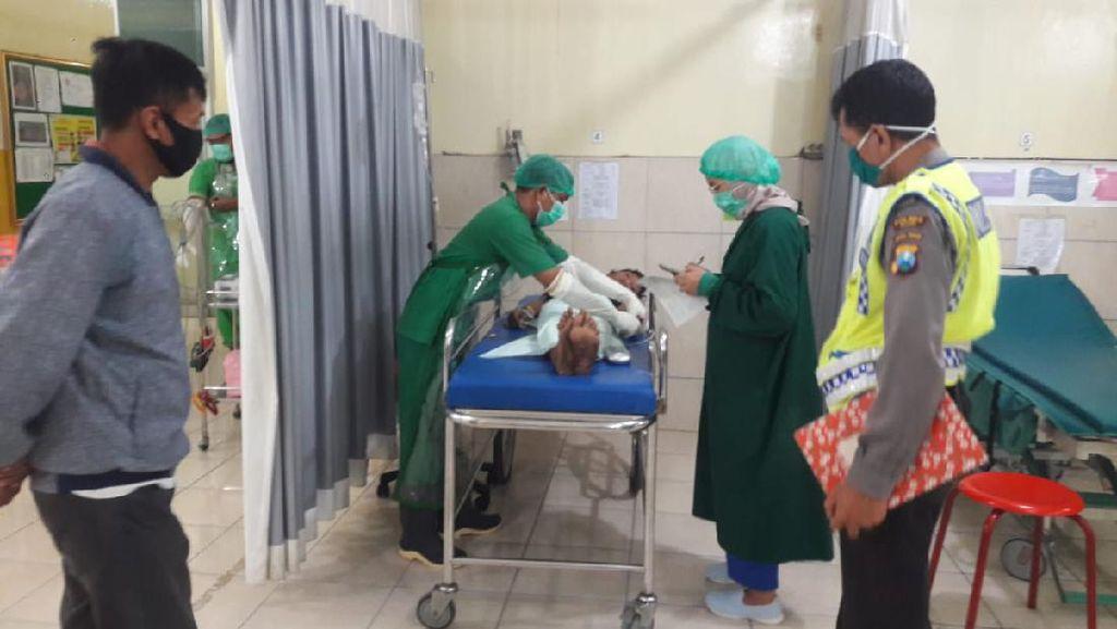 Iris Nadi dan Tusuk Perut 5 Kali, Pria di Ngawi Dilarikan ke Rumah Sakit