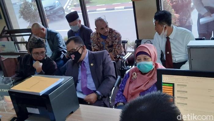Guru Besar UII Profesor Nimatul Huda melapor tudingan makar ke Polda DIY, Selasa (2/6/2020).