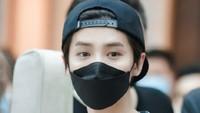 Luhan Eks EXO Diprotes Karena Pakai Rompi Bertuliskan Syahadat