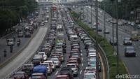 Aturan Berkendara Selama Masa Transisi, Ganjil-Genap Belum Berlaku