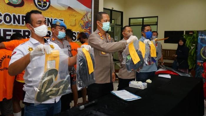 Kompolotan perampok minimarket di Bekasi ditangkap polisi