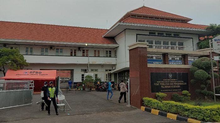 rs darurat surabaya sekaligus museum kesehatan