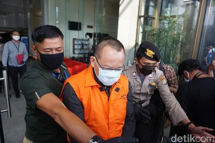 Nurhadi dan menantunya, Rezky Herbiyono, ditahan KPK (Ibnu Hariyanto/detikcom)