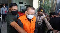 Melihat Lagi Kasus Dugaan Dagang Keadilan yang Jerat Nurhadi
