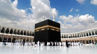 Arab Saudi Bakal Buka Umroh Bertahap, Perusahaan Travel Akan Digabung