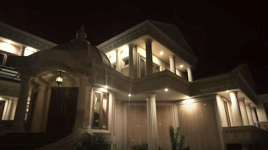 Rumah Anang Hermansyah
