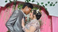 Cerita Bule Cantik yang Viral karena Dinikahi Petugas Kebersihan DKI