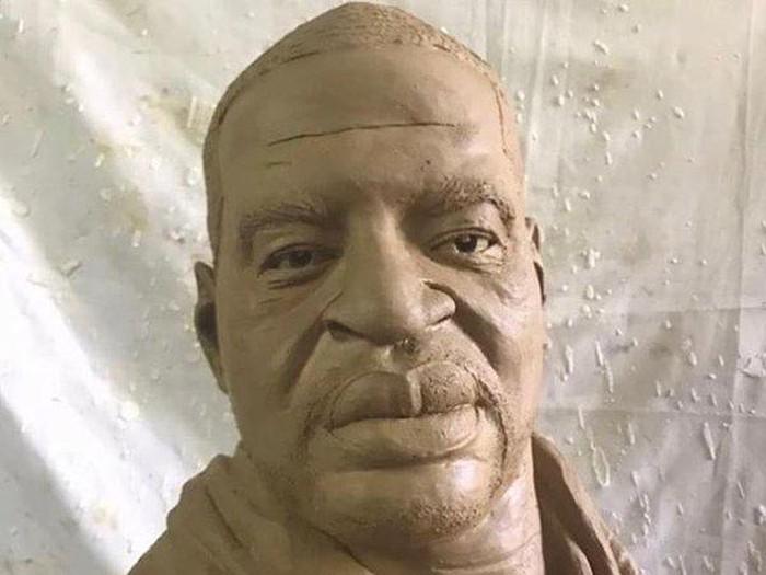 Patung George Floyd