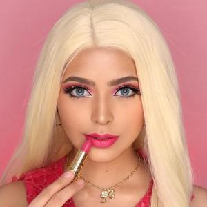 Jharna Bhagwani Makeup Bak Barbie, Beri Pesan Inspiratif untuk Wanita
