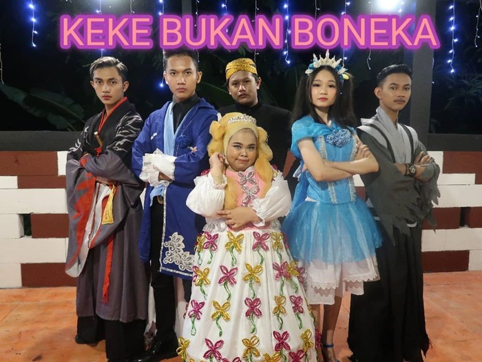 Kekeyi di video Keke Bukan Boneka