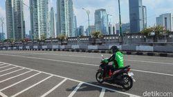 Pesan Driver Buat yang Mau Naik Ojol: Bawa Helm Sendiri