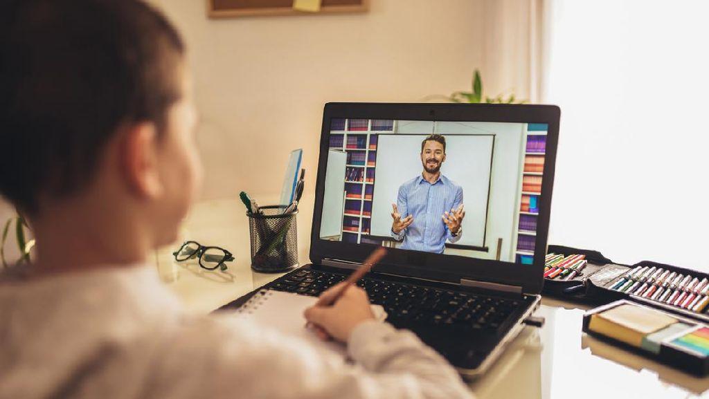 Mau Online atau Tidak, Biaya Sekolah Tetap Sama