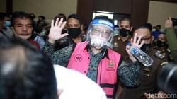 Berhamburan Duit di Skandal Jiwasraya untuk Beli Porsche hingga Judi di Makau