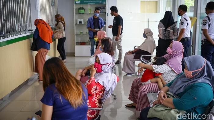 Selama masa pandemi Corona, PT Pegadaian (Persero) mencatat omzet yang kian meningkat. Kenaikan tersebut mencapai 18 persen.