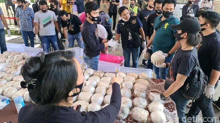 Barang bukti ratusan kilogram sabu-sabu yang disita polisi di Sukabumi