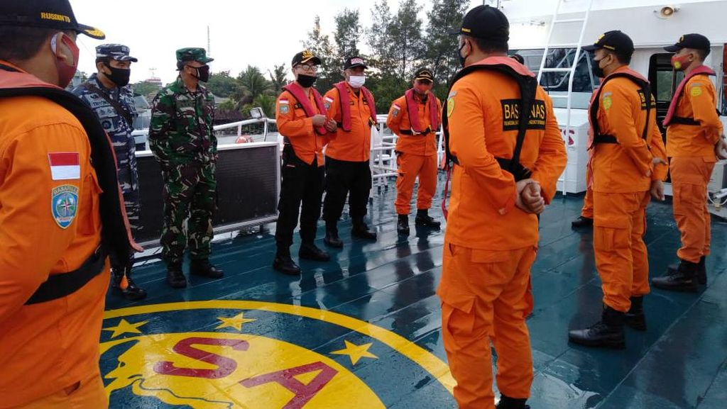 Ombak Tinggi, Pencarian Kapal Kargo yang Hilang di Perairan Bali Disetop