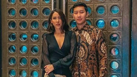 Kebersamaan Putra Tommy Soeharto dan Patricia Schuldtz