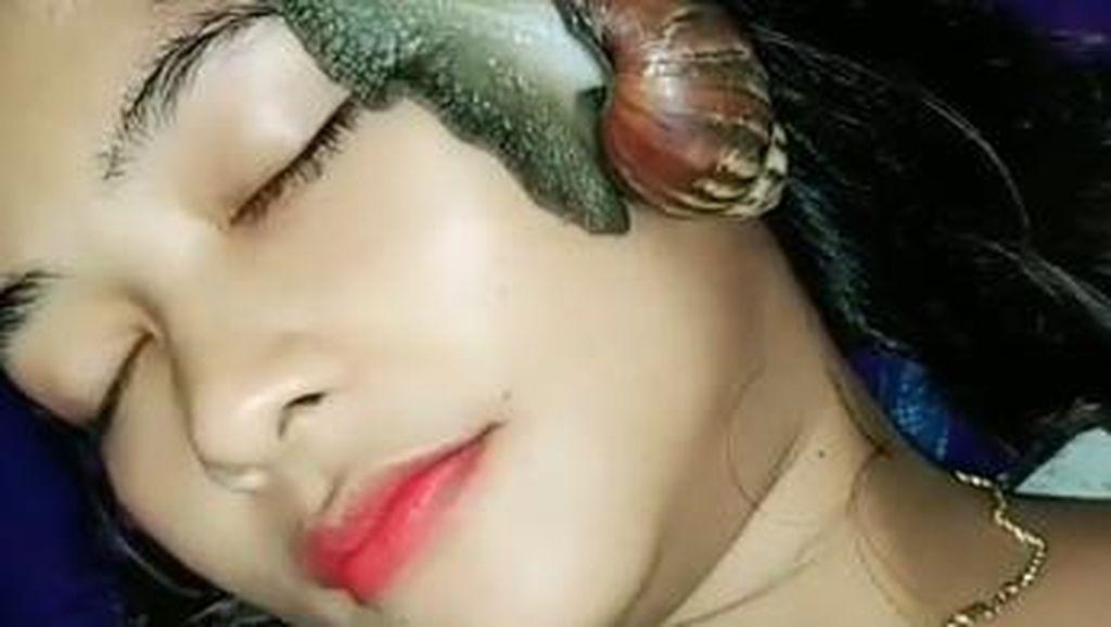 Viral Wanita Perawatan dengan Siput di TikTok, Ini Manfaatnya