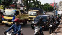 Jalan Juanda Arah Jakarta Mulai Macet