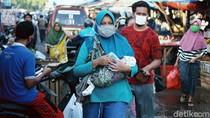 Jelang New Normal Pasar di Bekasi Tetap Ramai