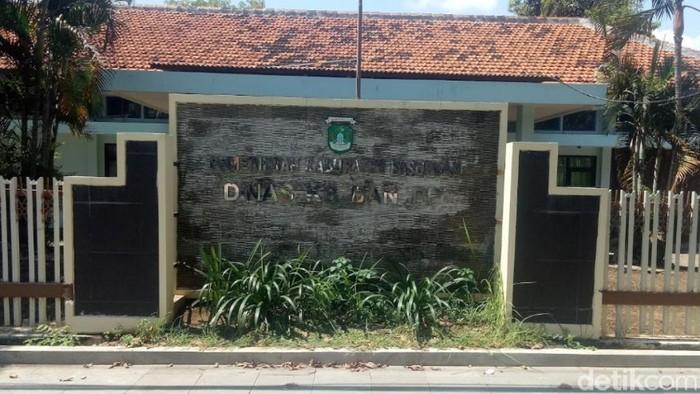 Kepala Dinas Keluarga Berencana dan Pemberdayaan Perempuan (KB-PP) Kabupaten Pasuruan