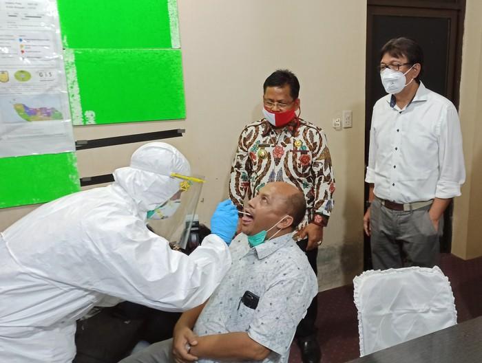 Pemko Banda Aceh gelar tes swab massal (Agus Setyadi-detikcom)