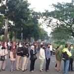 Dear Pak Polisi, Ini Saran Netizen untuk Hindari Antrean Panjang Pelayanan SIM