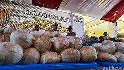 Terbongkarnya Kasus Bola Sabu 402 Kilogram di Sukabumi
