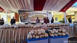 Soroti Bola Sabu Rp 480 M, Bupati Sukabumi: Narkoba Musuh Bersama