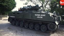 Cuma Tank ini yang Legal Dipakai Orang Biasa di Jalan Raya