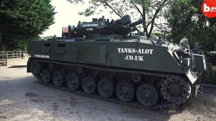 Tank ini dapat disewakan untuk berbagai kebutuhan
