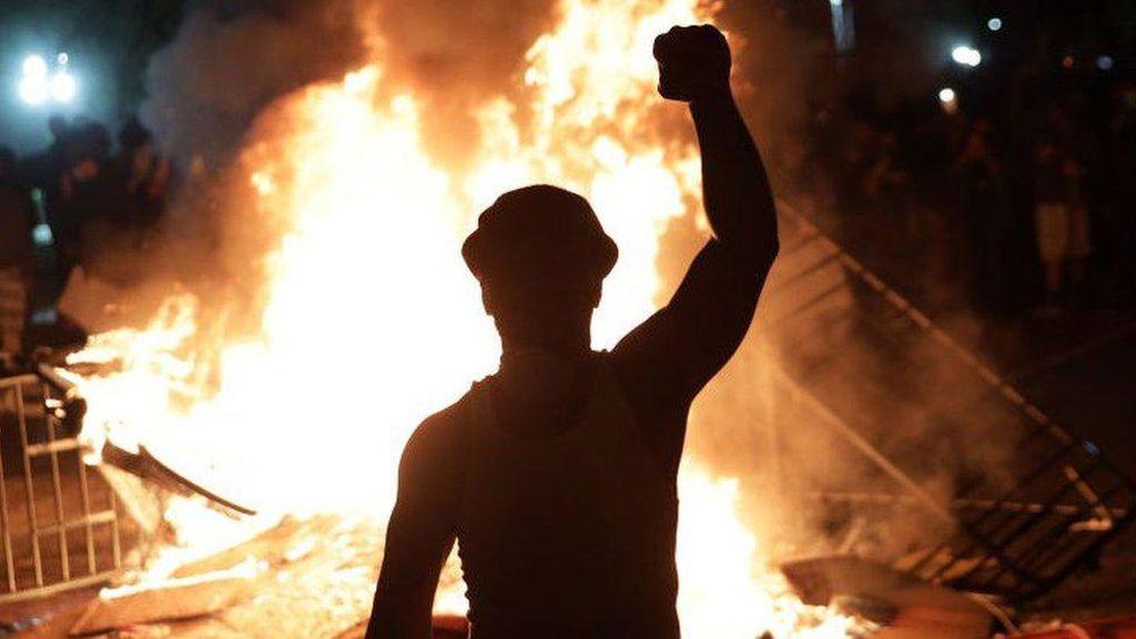 Video Menyesatkan dan Teori Konspirasi Seputar Aksi Demo George Floyd