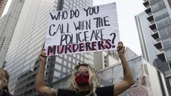 Polisi AS Tembak Mati Pemuda yang Dikira Bawa Senjata Api