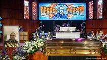Peringatan Kematian George Floyd di Minneapolis-New York Berlangsung Haru