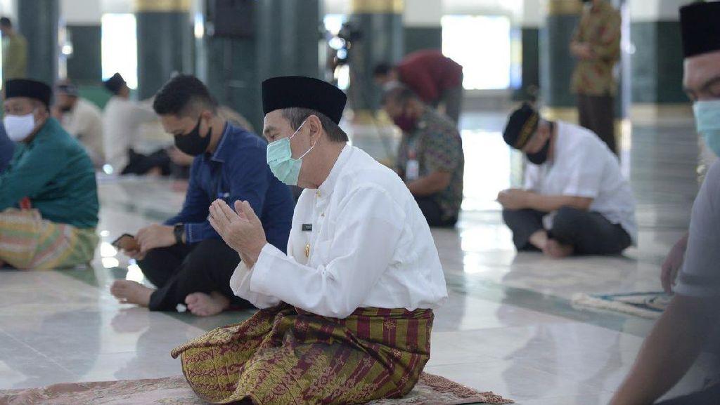 Gubri Salat Jumat di Masjid Annur Pekanbaru, Dihadiri 700 Jemaah