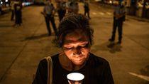Ribuan Orang Abaikan Larangan Polisi Demi Peringatan Tragedi Tiananmen