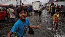 Lagi, Banjir Rob Kembali Genangi Pemukiman Muara Baru