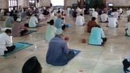 Masjid Sunda Kelapa Gelar Salat Jumat dengan Protokol Kesehatan Ketat