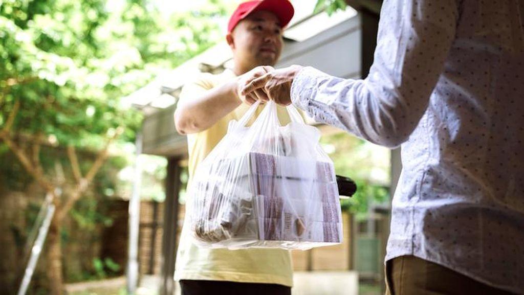 Gagal Fokus, Pembeli Makanan Via Ojol Ini Lupa Sedang Pesan Apa