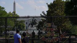 Pagar Tinggi di Gedung Putih Kini Bikin Aksi Pendukung George Floyd Terbatasi