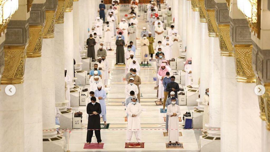 Video Suasana Salat Jumat Perdana di Masjid Nabawi