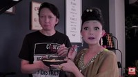 Aksi Kocak Rina Nose Jadi Chef Kelabu, Bikin Resep Murah dan Sehat!