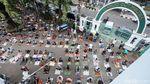 Salat Jumat Pertama Masa PSBB Transisi di Jakarta