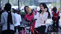Kawasan Gedung Merdeka Bandung Ramai Kerumunan