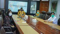 Jokowi Berikan Mandat Penanganan COVID-19 ke 17 Peneliti Unair